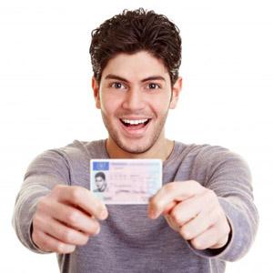Ta ditt körkort på Edsbergs Trafikskola i Sollentuna